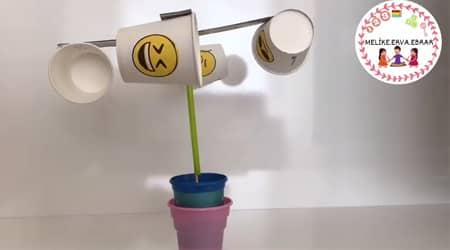 Karton Bardaklarla Rüzgar Gülü Yapımı